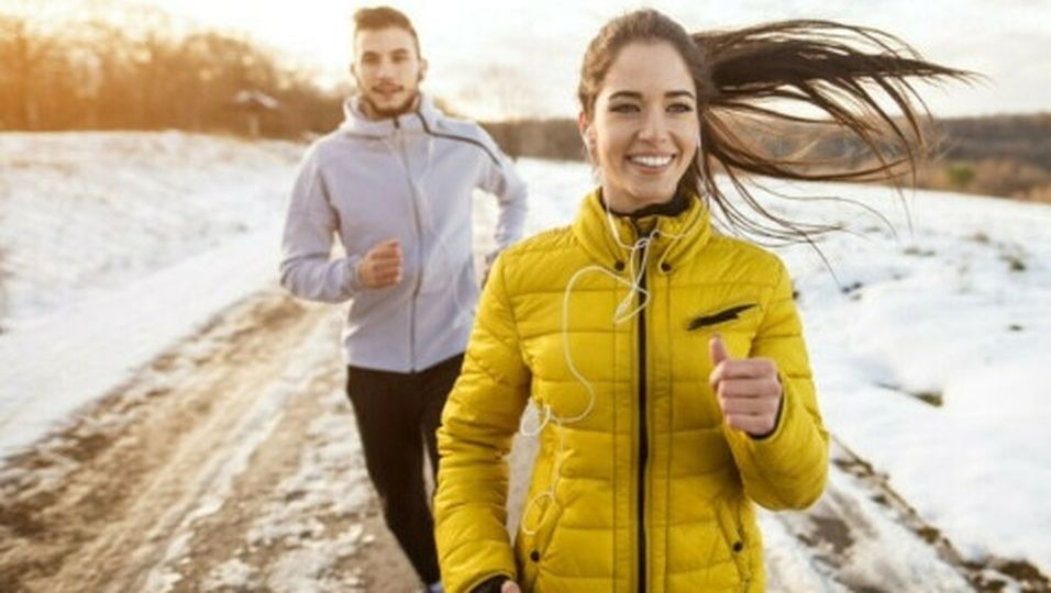 Laufen im Herbst und Winter: Die besten Tipps gegen Wind und Wetter