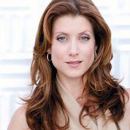 Kate Walsh ist als Addison Montgomery zurück.