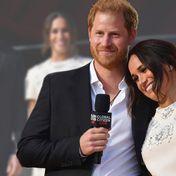 Prinz Harry & Herzogin Meghan: Verliebt in der Öffentlichkeit - und in diesem Kleid könnte sie noch einmal heiraten!