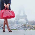 Paris-Eifelturm-Tasche-Frau