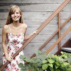 Sommerkleid hübsche junge Frau