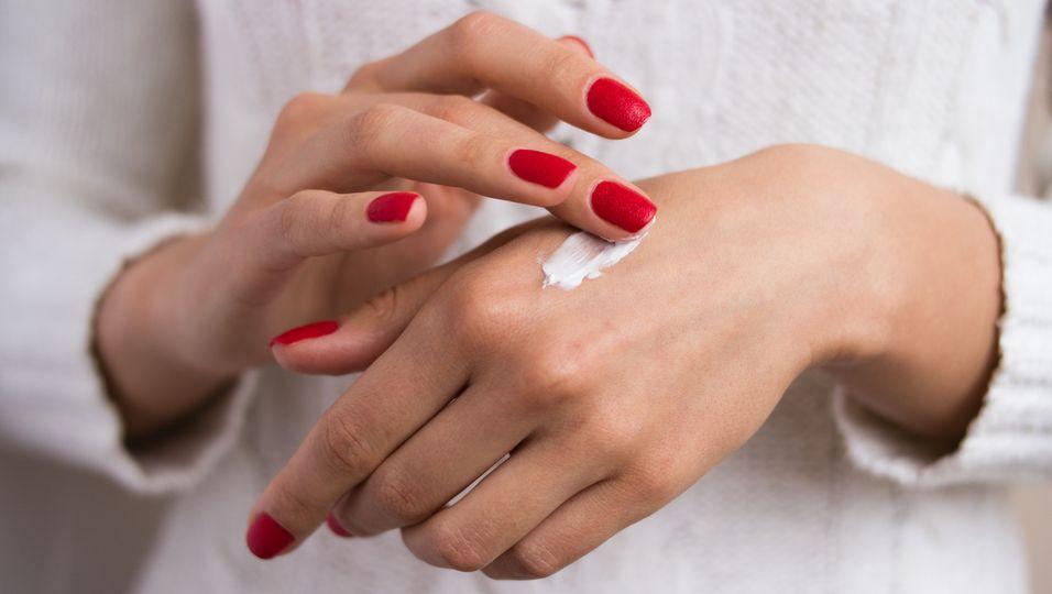 Warum deine Hände schneller altern und was du dagegen tun kannst
