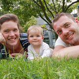 Sie hat noch das ganze Leben vor sich: Stammzellenspender rettet junge Mutter – jetzt braucht seine eigene kleine Tochter dringend Hilfe