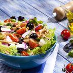 Abnehmen mit Salat Salatteller Superfood