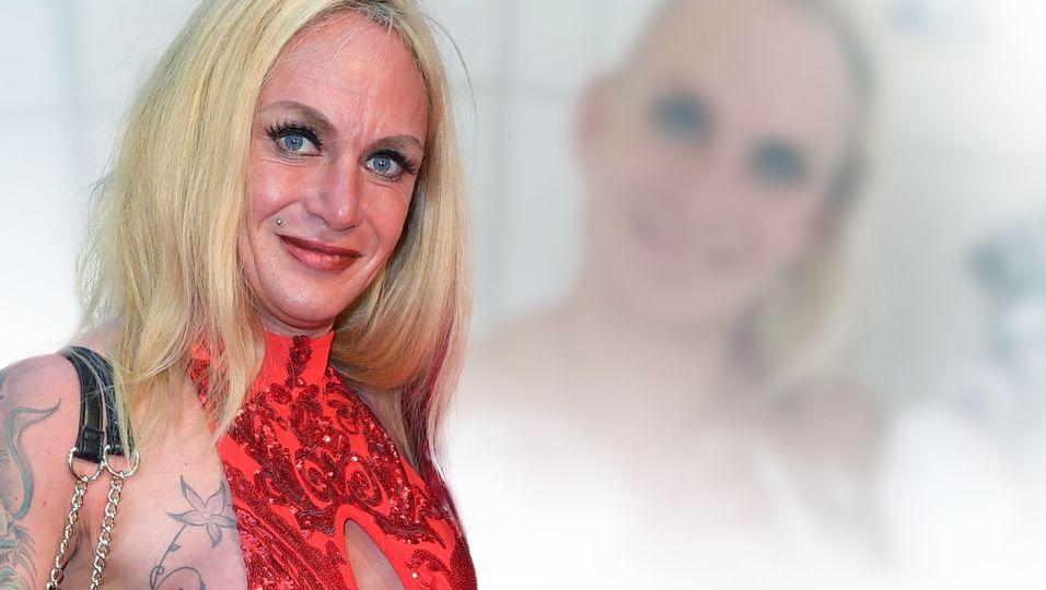 TV-Auswanderin posiert nackt im Bad – doch das Foto sorgt für Diskussionen