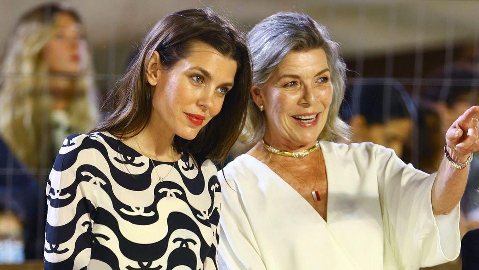 Familienauftritt in Monaco: Hier strahlen Mama und Tochter um die Wette