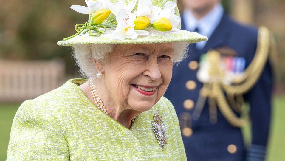 Hinter ihr liegen turbulente Wochen: Doch die Queen haut nichts um