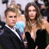 Justin & Hailey Bieber: Auffällige Geste: Erwarten sie ihr erstes Baby?