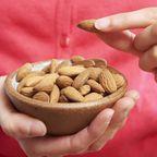 News - Nüsse essen schützt vor Krebs