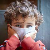 """""""Du kannst einen Unterschied machen"""": 8-Jähriger hilft 18.000 Menschen in Not während Corona-Pandemie"""