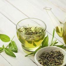 Grüner-Tee-Blätter