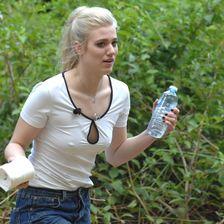 Model Larissa Marolt hat sich gleich an Tag eins als Camp-Nervensäge etabliert.