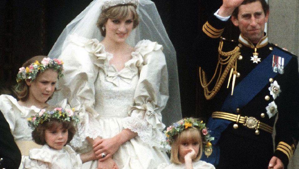 40 Jahre nach der Traumhochzeit: So sehen ihre Brautjungfern heute aus