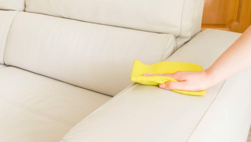 sofa-von-flecken-befreien167571960x644.jpg