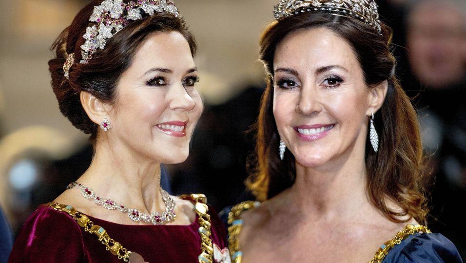 Glitzer, Glanz & Glamour – aber keine toppt die Königin