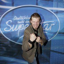 Tobias Regner triumphierte in der dritten Staffel. Noch heute macht er mit seiner Band Musik und trat auch in einem Musical auf.