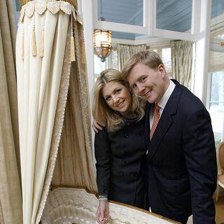 Am 7. Dezember 2003 gegen 17.01 Uhr erblickte Máximas und Willem-Alexanders älteste Tochter in Den Haag das Licht der Welt.