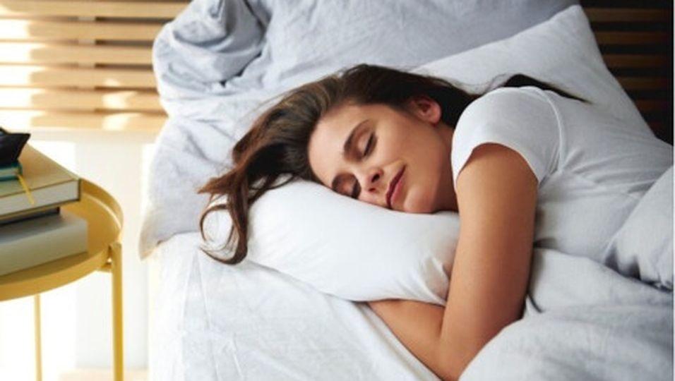 Endlich besser schlafen: Mit diesen sieben Tipps klappt's