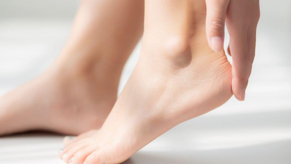 Diese Creme hilft bei strapazierten Füßen