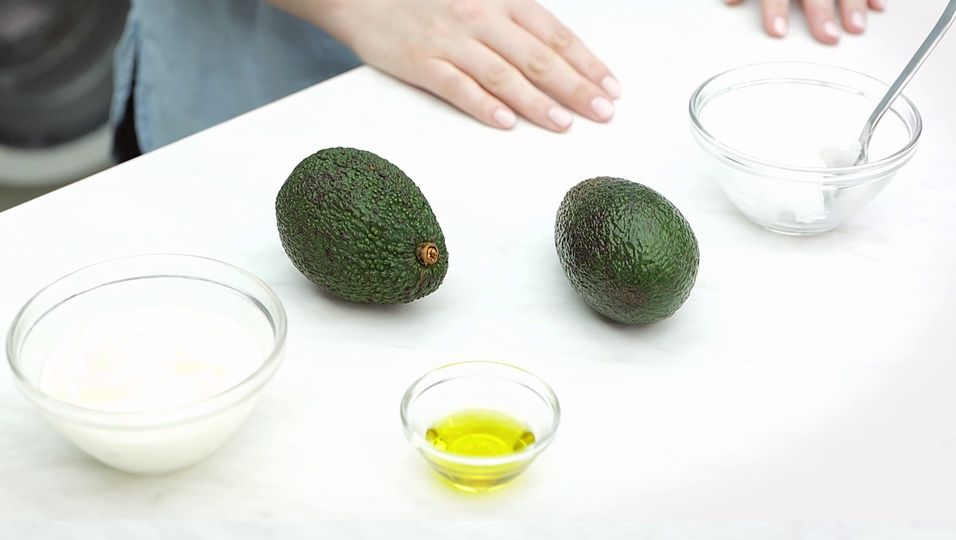 Haarmasken zum Selbermachen: 3 Rezepte für schönes Haar