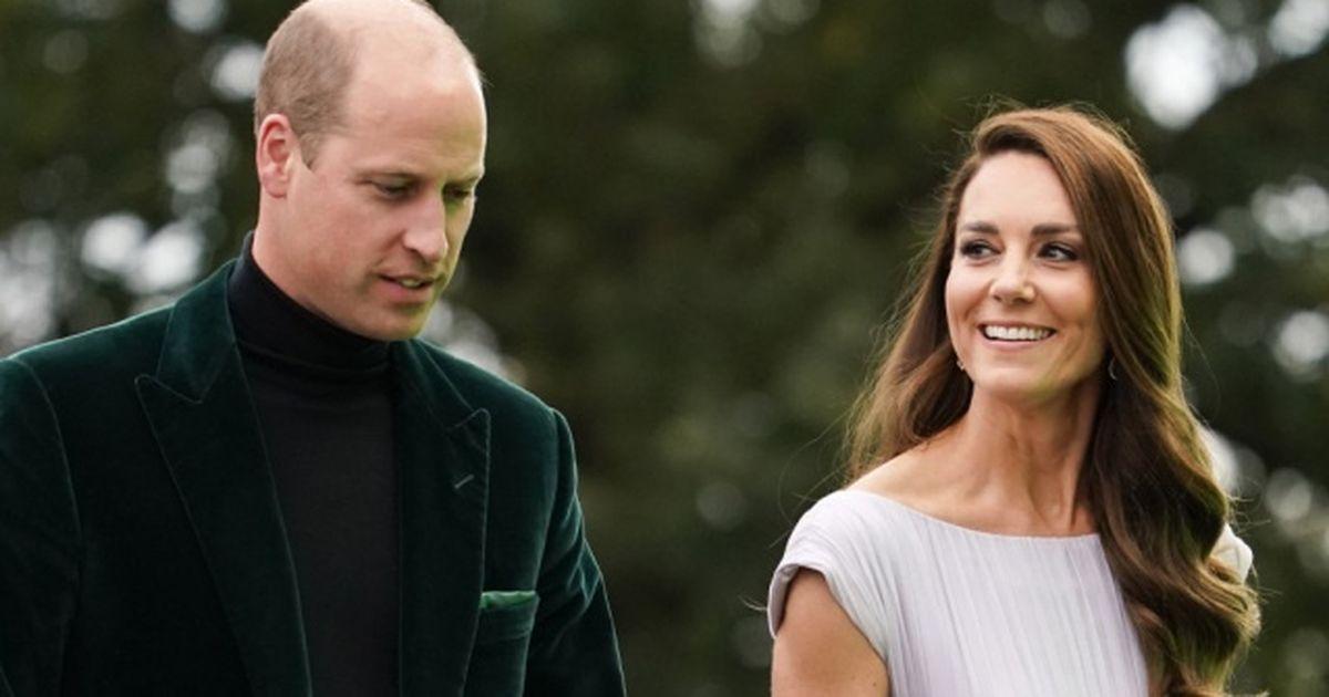 Prinz William & Kate Middleton: Verliebte Blicke: Sie teilen private Fotos