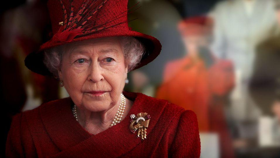 Das gab es erst fünfmal: Die Queen lässt ihren Tränen freien Lauf