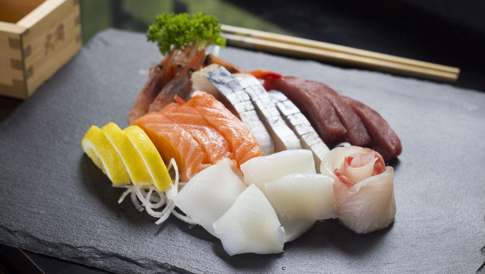 Platte mit Sashimi