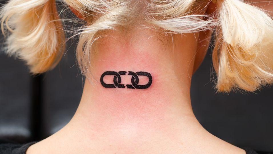 Frischgestochenes Tattoo_Nachsorge-Tipps
