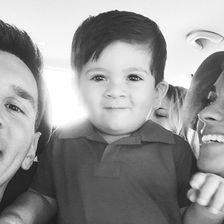 Lionel Messi | Spaß mit Sohn Thiago und Hund Toby
