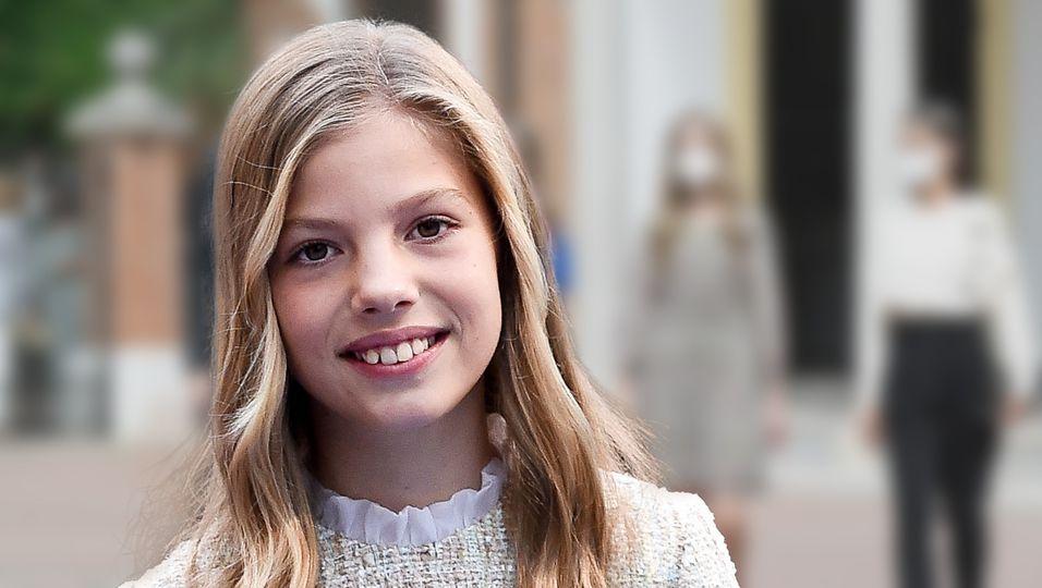 Süßer Auftritt im Schnäppchenkleid: Ihren Look kann sich jede 14-Jährige leisten