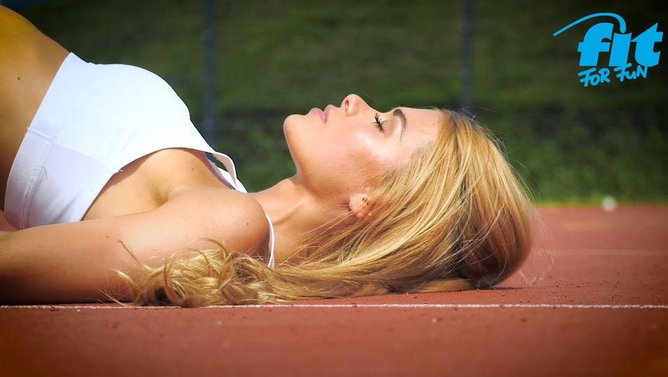 Po- und Bauchtraining: Boost your Butt & Belly Workout mit Pamela Reif