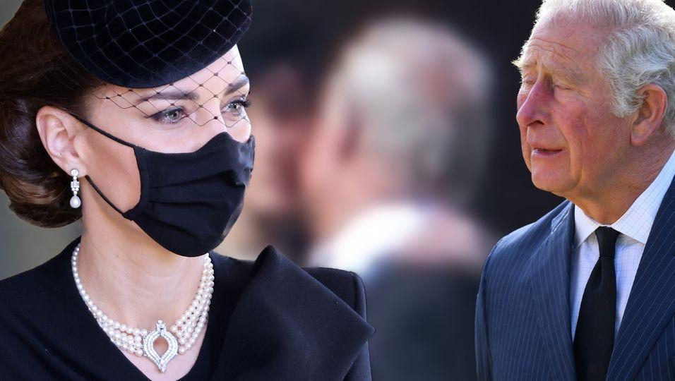 So rührend tröstete sie Prinz Charles bei Prinz Philips Beerdigung