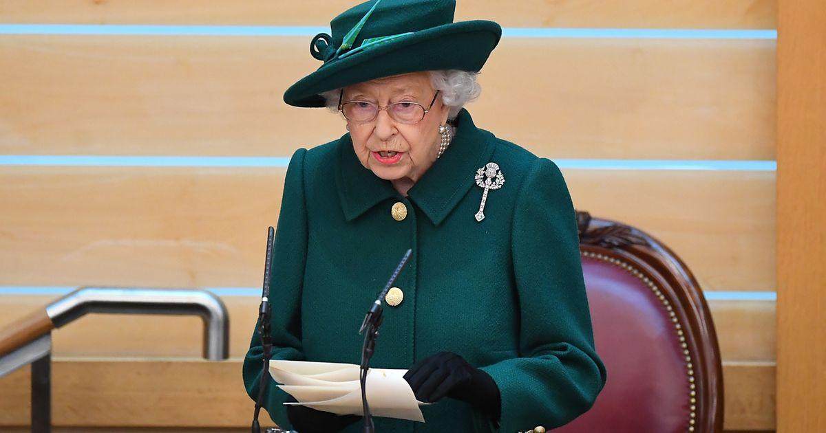 Queen Elizabeth II.: Nordirland-Reise abgesagt! Ärzte raten ihr, sich zu schonen