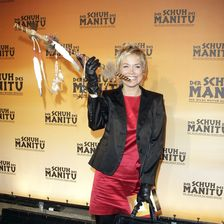 """Die Weltpremiere des Musicals """"Der Schuh des Manitu"""" 2008 ließ sich die beliebte Moderatorin nicht entgehen."""