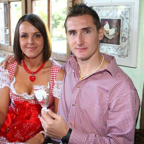 Sylwia ist Hausfrau und Mama. Miroslav Kloses Frau kümmert sich um die gemeinsamen Zwillinge Luan und Noah.