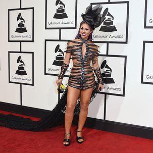 Sängerin Joy Villa (24) sorgte mit ihrem fragwürdigen Outfit definitiv für Aufsehen. Und einem Fashion-Flop.