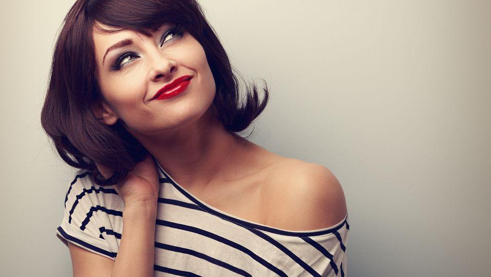 Halblange Haarschnitte für den Übergang von kurz zu lang