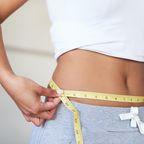 Frau nimmt 50 Kilo ab