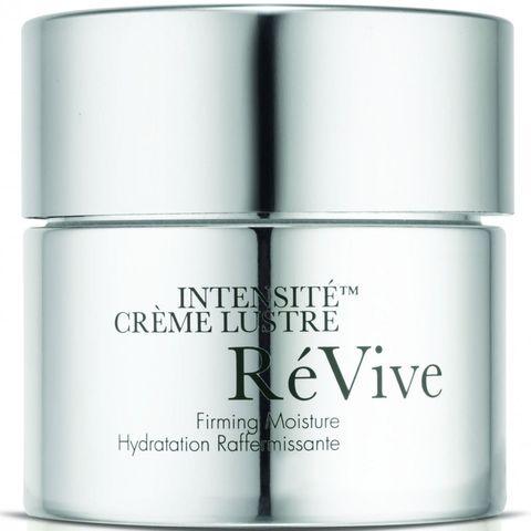 Luxus für die Haut: Diese Gesichtscreme sieht nicht nur sehr edel aus, sondern versorgt die Haut auch mit verjüngenden Enzymen.