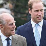 Prinz Philip half ihm nach dem Tod seiner Mutter
