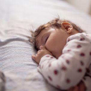 Strukturierung des Tagesablaufs: Wie die 2-3-4-Stunden-Regel deinem Kind helfen kann