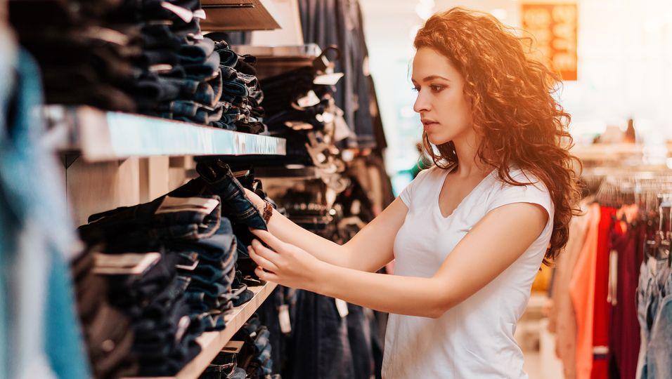 Hosen kaufen leicht gemacht – Mit Zara-Symbolen im Etikette