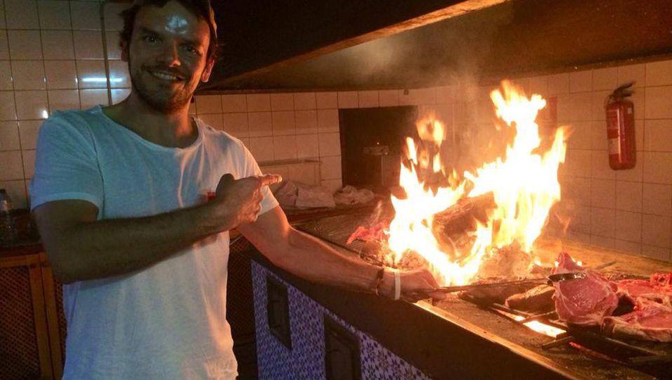 Steffen Henssler | Grill-Experte spielt mit dem Feuer