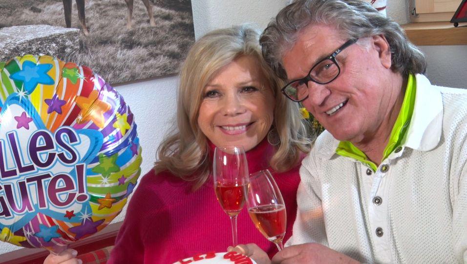 Michael feiert seinen 70. – und so süß gratuliert ihm seine Marianne