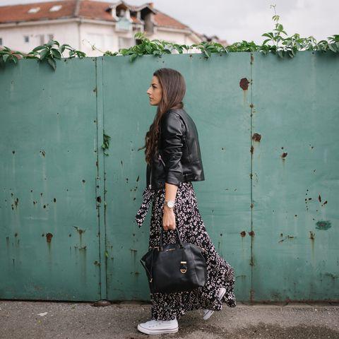 Mode für Frauen ab 40 - Diese Kleidungsstücke sind jetzt angebracht
