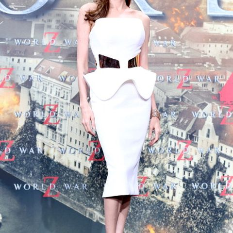 Angelina Jolie Fashion Tricks