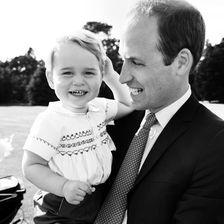 Offizielle Tauffotos Prinzessin Charlotte, George, Kate, William