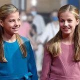 Leonor von Spanien und Sofia von Spanien: Mit süßen Zöpfchen & sommerlichen Outfits zum Familienausflug