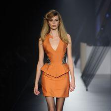 Das australische Model Cassi Van Den Dungen streitet eine Essstörung ab.