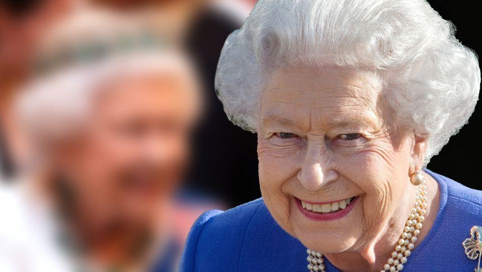 Geschichtsträchtige Juwelen, wo das Auge hinsieht! Nur ihre Kette ist mysteriös